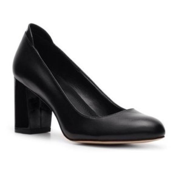 Calvin Klein Patent Leather Round-Toe Pumps new discount 100% guaranteed eTAdNtCj
